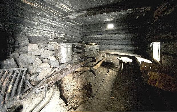 Черный потолок в бане