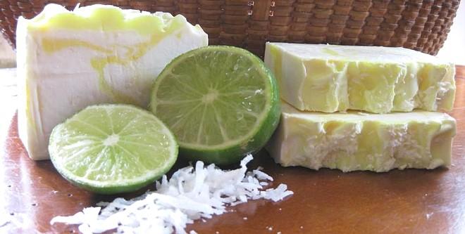 Мыло с лаймом, кокосом и вербеной