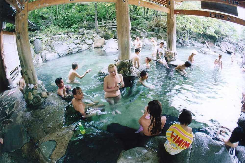 купание в общественной купели