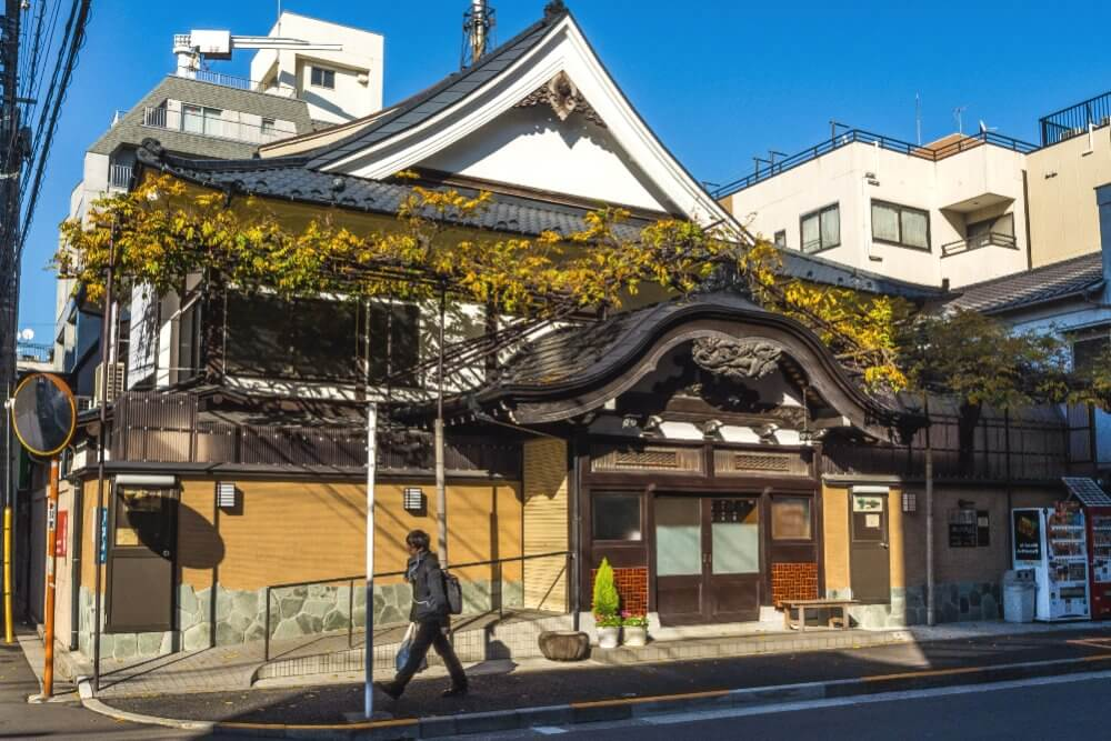 Сэнто в Асакуре